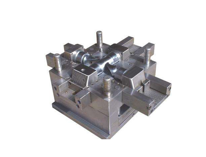 PLASTIC INJECTION MOULD-7